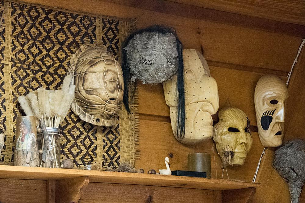 native-american-carvings-1