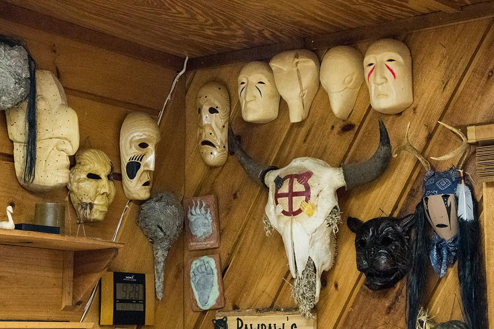 native-american-carvings-2